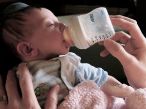 HypnoBirthing NY - Bottle feeding